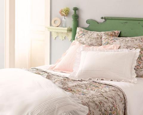 Pine Cone Hill, Inc. - Classic Ruffle White Sheet Set in Queen - SCSQ