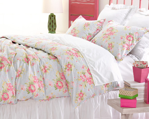 Pine Cone Hill, Inc. - Petite Ruffle White Sheet Set in Queen - SPRWSQ