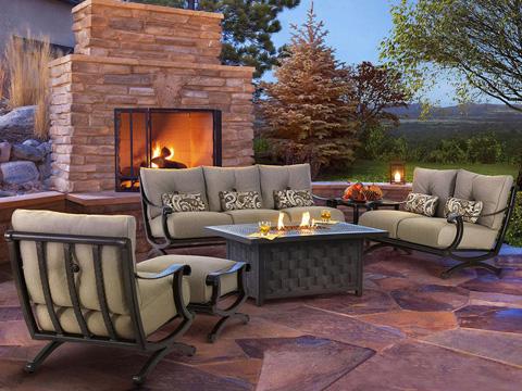 Castelle - Telluride Cushioned Lounge Swivel Rocker - 2815T