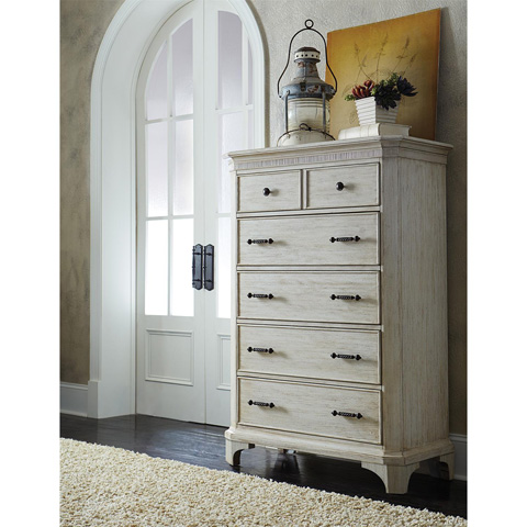 Riverside Furniture - Five Drawer Chest - 21265