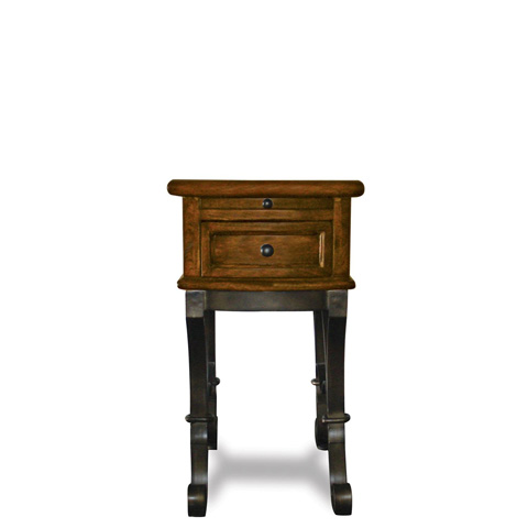 Riverside Furniture - Chairside Table - 31010