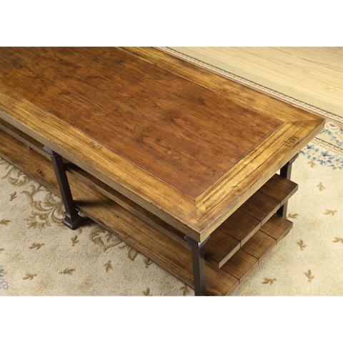 Riverside Furniture - Coffee Table - 5602