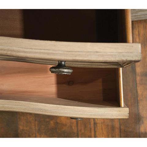 Riverside Furniture - Six Drawer Dresser - 21560