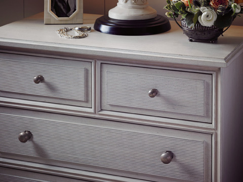 Stanley Furniture - Beaufort Bachelor Chest - Orchid - 340-23-16