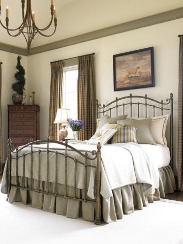 Thomasville Furniture - Queen Metal Bed - 46011-555