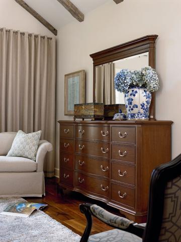 Thomasville Furniture - Twelve Drawer Dresser - 46811-130