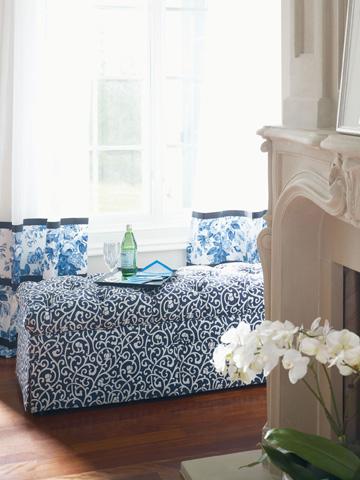Thomasville Furniture - Abbie Storage Bench - 1390-18ST
