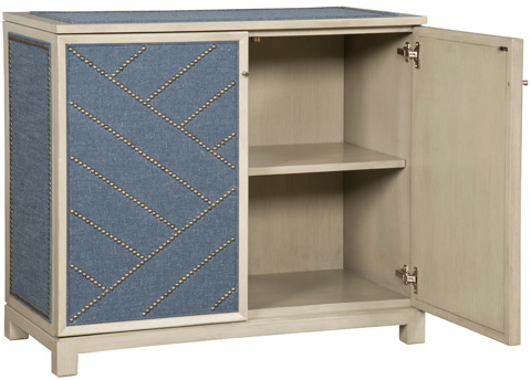 Vanguard Furniture - Lynacres Upholstered Chest - 9331-UH