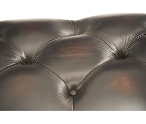 Michael Amini - Tufted Bedside Bench - 02904-53