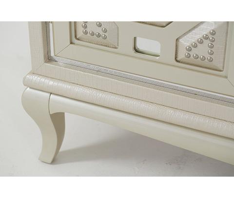 Michael Amini - Pearl Croc Console Cabinet - 19223-12