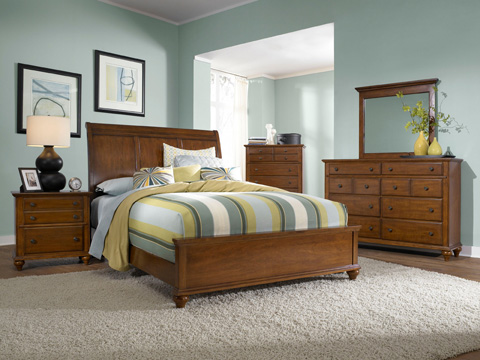 Broyhill Furniture - Drawer Chest in Light Cherry - 4648-240