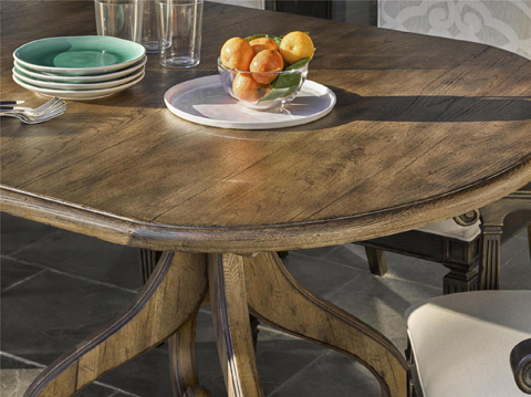 Fine Furniture Design - Wren Dining Table - 1580-819/818