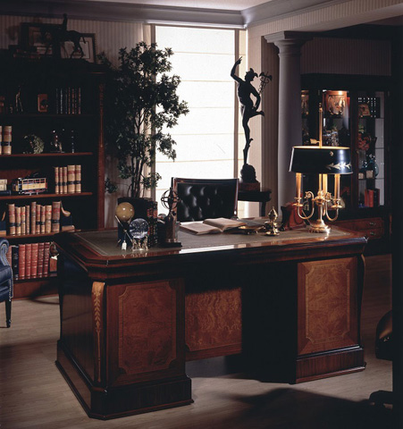 Hurtado - Executive Desk - 202811