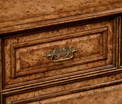 Jonathan Charles - George Ii Style Burl Oak Chest of Five Drawers - 494620