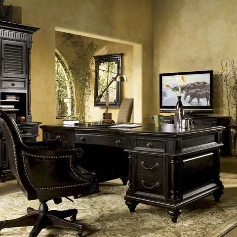 Tommy Bahama - Admiralty Desk Chair - 619-938-01