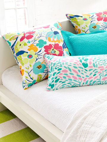 Pine Cone Hill, Inc. - Embroidered Hem White/Aqua Sheet Set - King - SESAK
