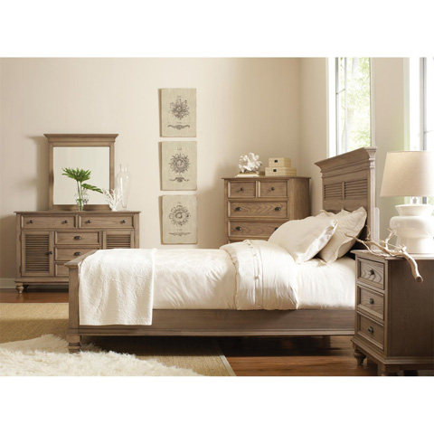 Riverside Furniture - Three Drawer Nightstand - 32468
