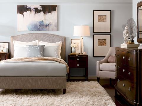 Thomasville Furniture - Klein King Bed with Nail Trim - 1771-18K