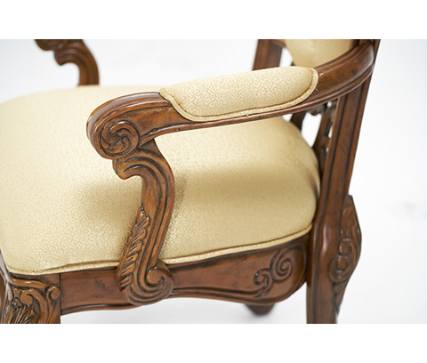 Michael Amini - Tufted Arm Chair - 71004-35