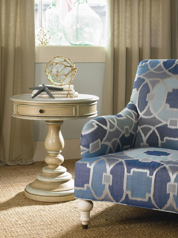 Century Furniture - Oakgrove Lamp Table - T49-622