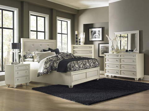 Magnussen Home - Queen Island Bed with Storage Footboard - B2344-51