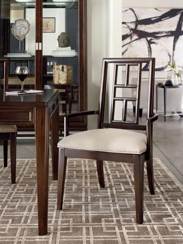 Thomasville Furniture - Bunching China Cabinet - 82621-410
