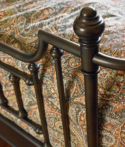 Image of Queen Metal Bed