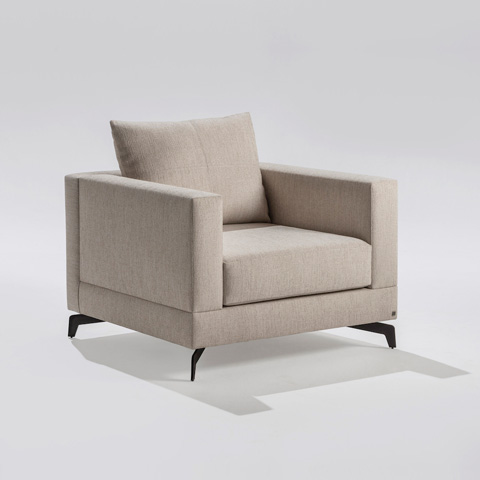 Adriana Hoyos - Chocolate Club Chair - CH10-200