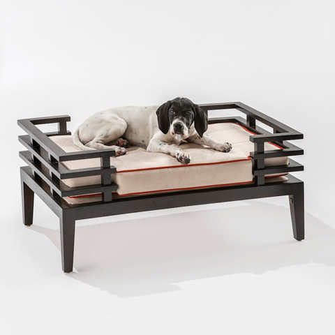 Adriana Hoyos - Chocolate Pet's Bed - CH70-100