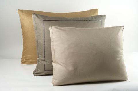Ann Gish - Silk Texture Box Pillow - BPST2620