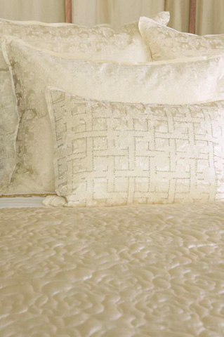 Ann Gish - Beaded Embroidered Lace Pillow - PWEL2014B-IVO