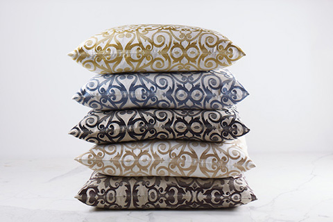 Ann Gish - Flourish Pillow - PWFL2020