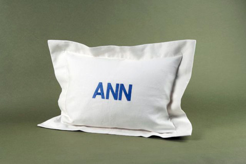 Image of Linen Flanged Pillow