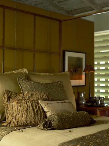 Ann Gish - Taffeta Pillow with Beaded Button - PWTA2014