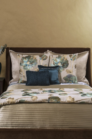 Image of Opium Duvet Cover