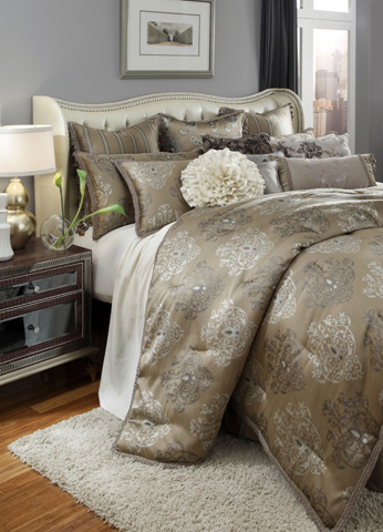 Image of Solitaire Thirteen Piece King Comforter Set