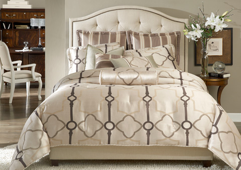 Michael Amini - Keystone Court Nine Piece Queen Comforter Set - BCS-QS09-KEYSTO-PRL