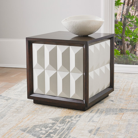Ambella Home Collection - Ventura Accent Table in White - 02292-900-002