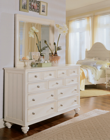 American Drew - Dressing Chest with Landscape Mirror - 920-020/220