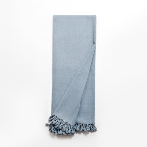 Image of Max Throw in Blue