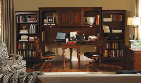 Image of T Desk and Hutch