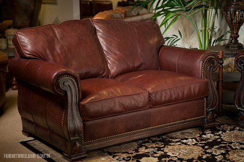 Classic Leather - Edwards Loveseat - 532
