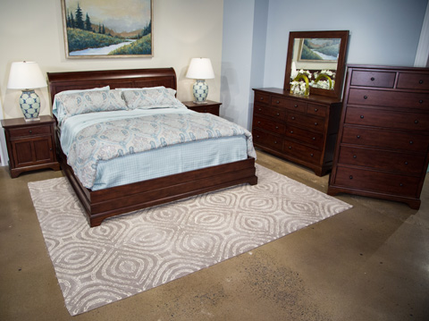 Image of Retreat Cherry Collection Queen Bedroom Set