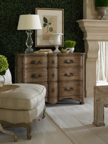 CTH-Sherrill Occasional - Masterpiece Three Drawer Chest - 960-029