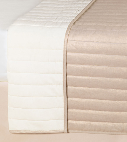 Eastern Accents - Reflection Gold Coverlet, Queen - CVQ-349