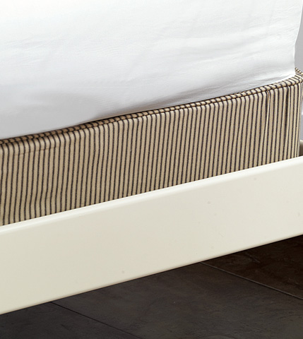 Image of Heirloom Pepper Box Spring Cover Q -King