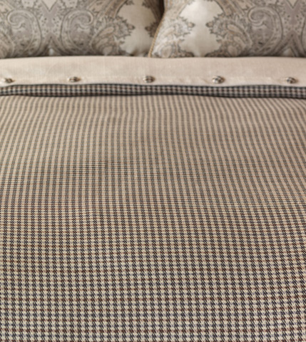 Eastern Accents - Woodside Oak Duvet Cover And Comforter -King - DVK-359