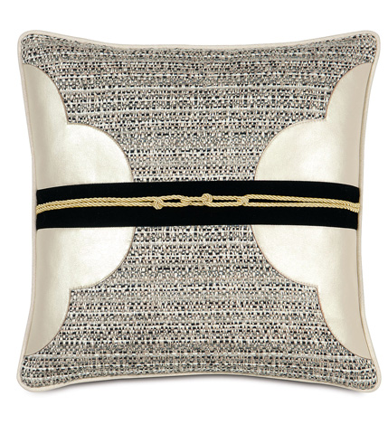 Image of Deconstructed Quatrefoil Pillow