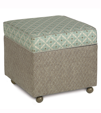 Image of Arlo Ice Storage Boxed Ottoman