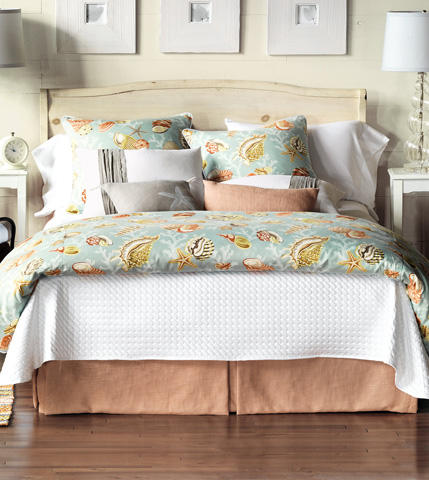 Image of Jolie Queen Bed Set